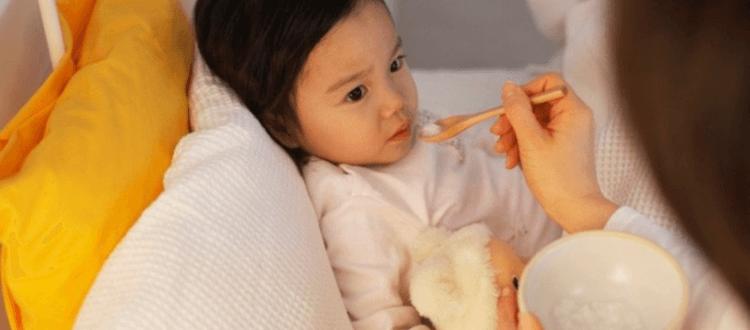 Trẻ ăn gì khi bị sốt